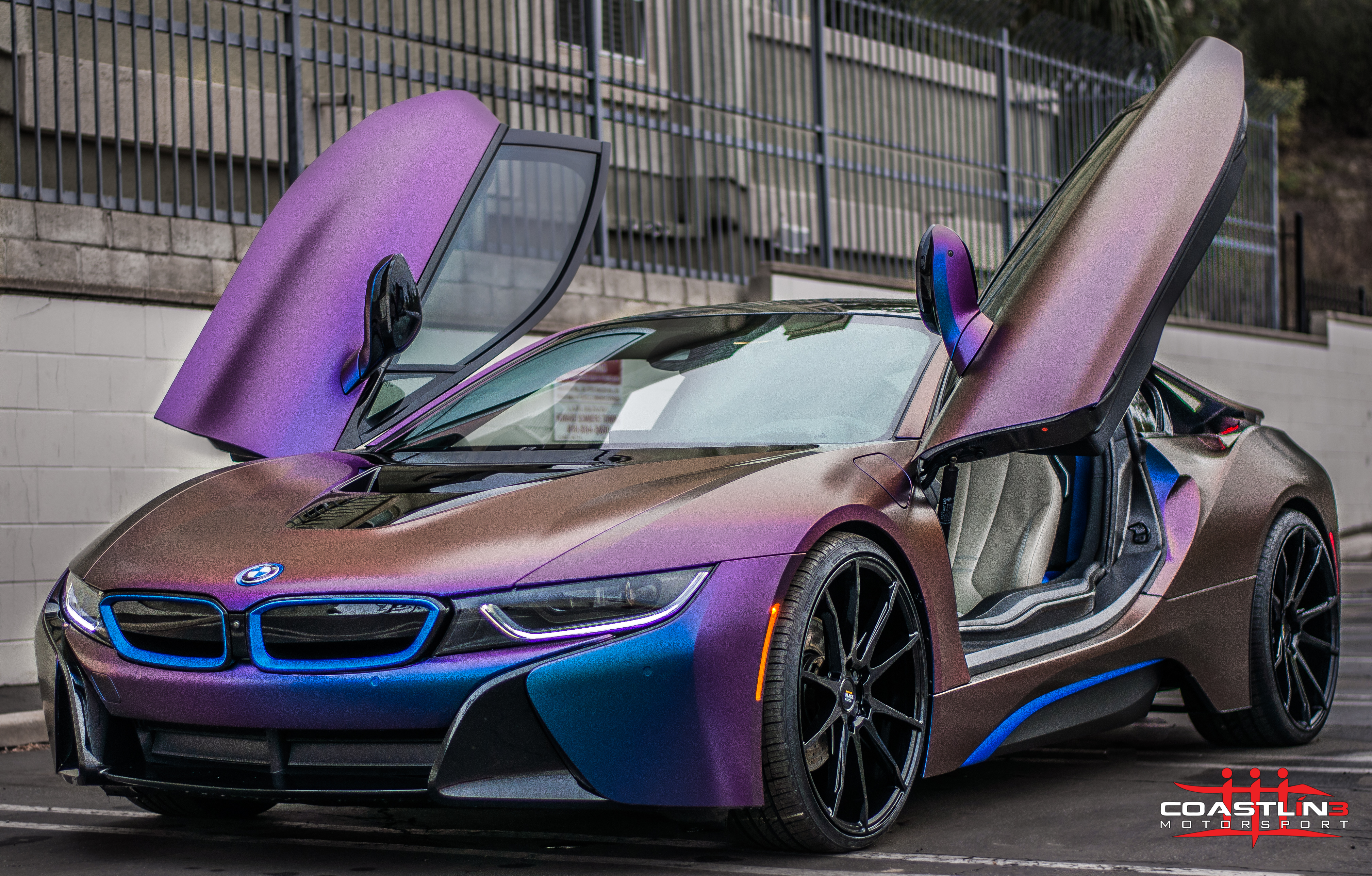 BMW i8 w/ Color Changing Vinyl Wrap and Wheels